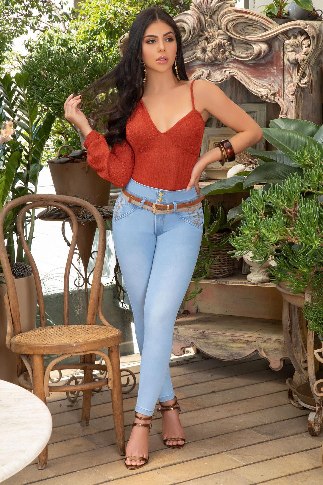 el original jean levanta cola Colombiano